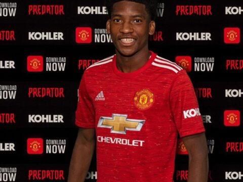 Willy Kambwala signs for United on deadline day