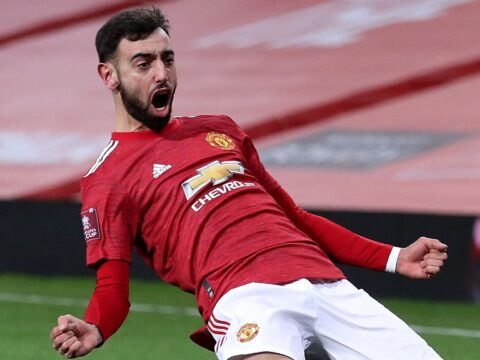 Bruno Fernandes scores the winner vs Liverpool