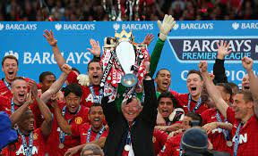 United lifting title