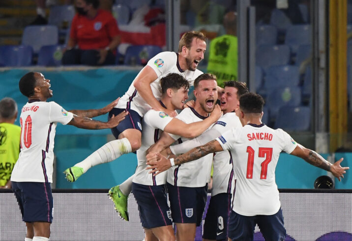 Shaw and Maguire lead England into semis